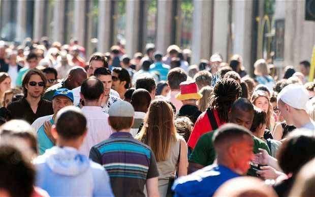 Тъпла хора от всякаква народност | Leonardo Bansko