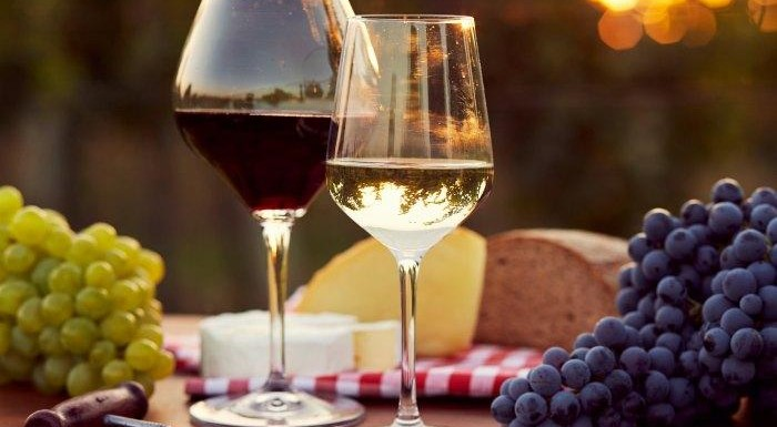 Италианско вино с грозде | Leonardo Bansko