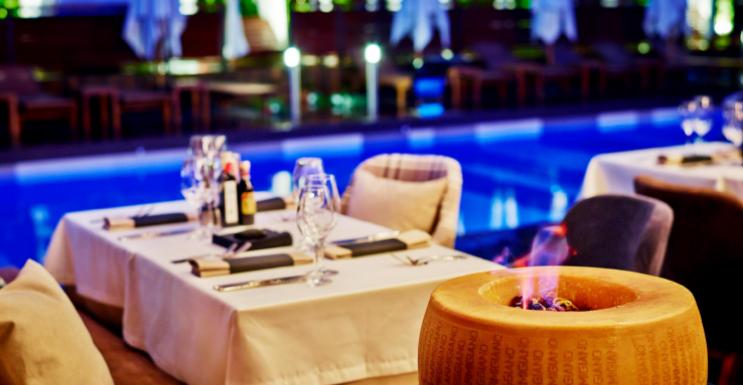 Има ли значение стилът на ресторанта за усилване на удоволствието от храната?